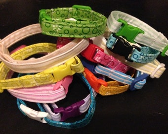 Puppy whelping identity collars suitable for medium sized dogs (terrier etc)