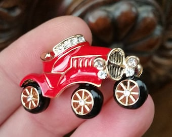 Red old car historic car small brooch enamel  gold tone