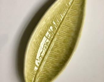 Vintage Light Green Leaf Dish