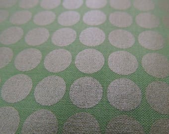 MICHAEL MILLER fabric DM2999-ALOE-D : Mirror ball dot aloe / Cut 50x55 cm