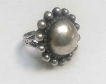 vintage southwestern dome ring with arrows, size 7