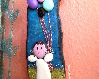 Wood frame. Girl with balloons. Sea-Wood. Painted stones. Wall decor. Children's decor. Drifwood Art. Art with stones