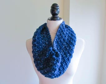 River Infinity Cowl