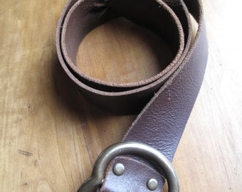 """Candie's Italian Leather Twist Belt, Made in USA of Italian Leather, 1.75"""" width, Chocolate Brown, Brass Buckle, 30"""" to 34"""" adjustable"""