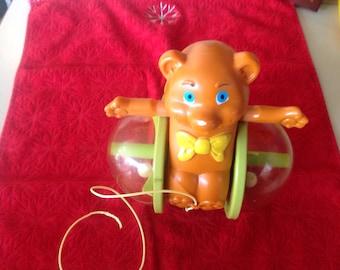 Vintage Fisher Price Bear pull toy#642 Bob along Bear 1978