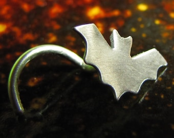 Twinkle Twinkle Little Bat Nose Stud in Sterling Silver