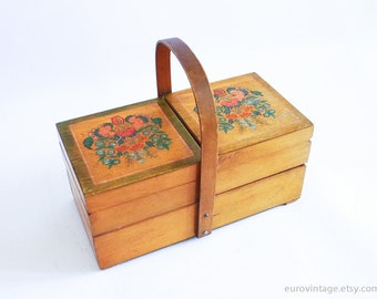Vintage 60s Wooden Sewing Storage Box / Wood Box / Jewellery Box