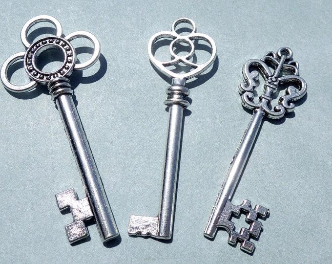 Skeleton Keys - 6 New Silver Toned Keys for Mosaics Mixed Media Art Jewelry