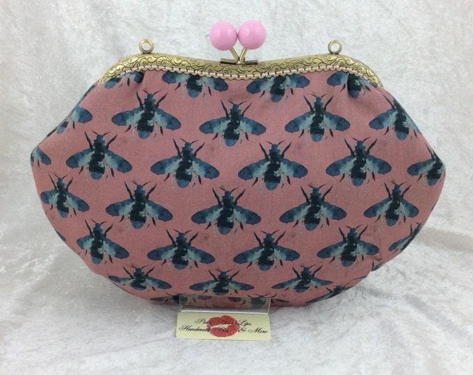 Bees Fabric purse bag frame handbag fabric clutch shoulder bag frame purse kiss clasp bag Handmade