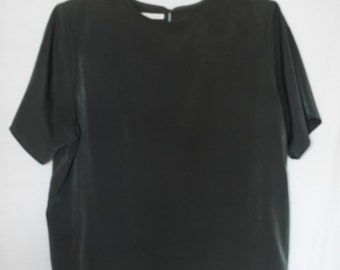 Jack Mulqueen Dark Green Blouse With Back Button Clousure