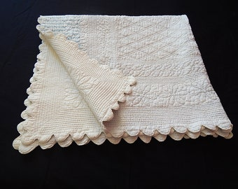 Vintage Quilt / French Boutis Provencal Hand Stitched Cotton