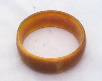 Vintage 1960s - 70s Lucite Horn Bangle