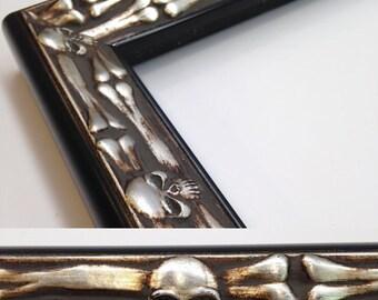 Skull & Bones Picture Frame, Silver and Black, 3x5, 4x6, 5x7, 8x10, 11x14, 16x20 Jolly Roger Frame + Custom Size Frame, Skull Gift Frame Art