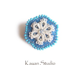 Felt Brooch \ Lace Flower brooch \ Floral Pin \ Felt Jewelry \ Lace Accessory \ Unique gift for \ Tatted brooch \ Snowflake gift \ Winter