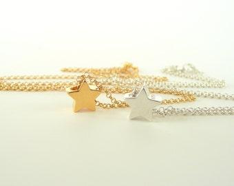 Star Necklace Gold/Silver ,  Tiny Star Necklace, Star Pendant Necklace, Dainty Necklace, Minimalist Necklace
