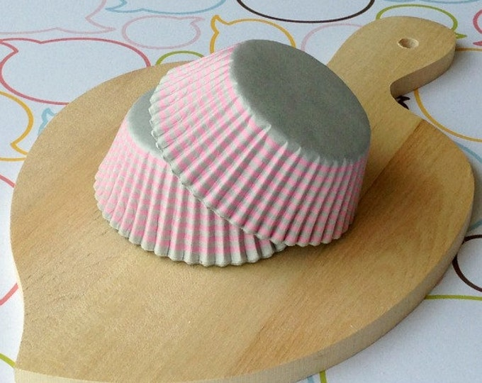 Gray/Pink Stripes Standard Cupcake Liners