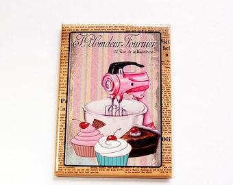 Fridge magnet, Kitchen magnet, Cupcake magnet, Mixer Magnet, Baking Magnet, Magnet, ACEO, stocking stuffer, Magnet, Pink (4473)