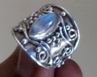Rainbow moonstone ring, silver ring