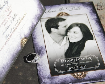 Vintage broche save the date. Purple parchment save the date. Vintage pearls save the date