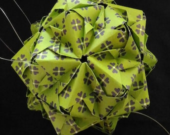 Christmas ball origami paper Green