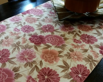 SALE !  Pink Floral Runner.