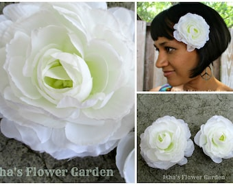 Realistic Ranunculus flower white hair flower clip, white flower, flower hair clip