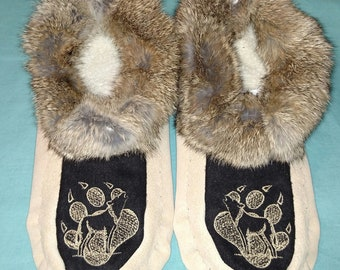 Mens Size 11 New Handmade Suede Leather Moccasins with Fur Trim and Wolf Paw Embroidered Design