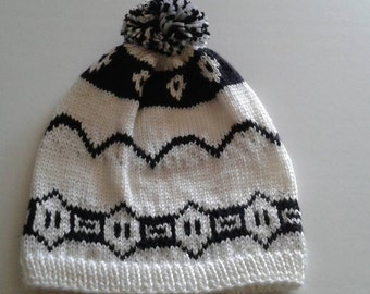 Weasley, white and black, weasley twins beanie, harry potter, unisex beanie, comic con hat