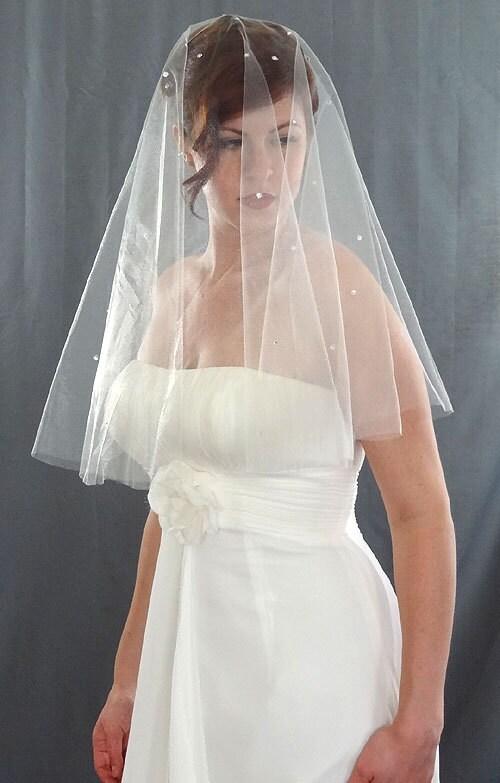 Wedding veil drop veil with cascading rhinestones bridal veil wedding veil styles junglespirit Image collections