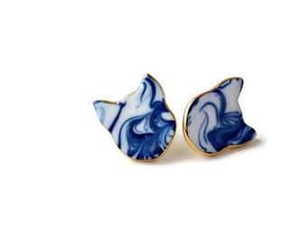 Meow - ceramic cat stud earrings - cobalt blue porcelain earrings - Jasmin Blanc jewelry - marbled cat earrings