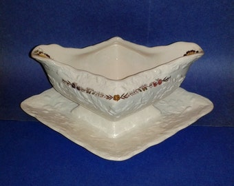 Vintage MASON'S IRONSTONE * Friarwood * Gravy Boat with Built-In Underplate ~ Made in England ~ Very Rare
