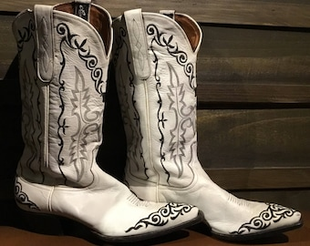 80's Larry Mahans's white leather boots size 8
