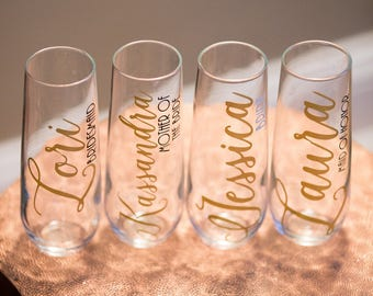 Bridesmaid gift, Stemless Champagne Flutes for Bridal Party, Name/titles Maid of Honor, Bridesmaid, Bride. Customizable You pick the colors!