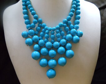 Lisa blue statement necklace