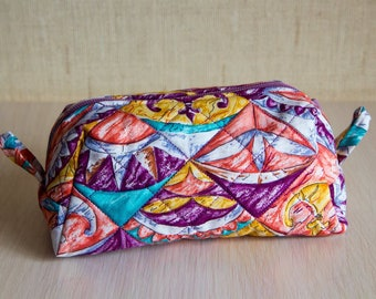 Quilted cosmetic bag (makeup purse)