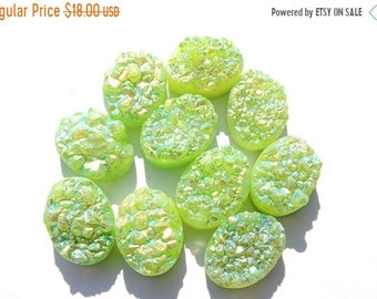 Summer Sale 10 Pcs Outrageous Natural Peridot Green Titanium Coated Druzy Oval Shaped Beads Size 16X12 MM