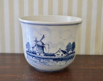 Vintage Delft Cachepot
