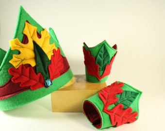 Felt Crown and matching cuffs - Medieval crown and cuffs - Kid dress up -King Crown-Knight Crown - Waldorf dress up- Kid Crown