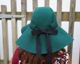 The floppy hat: HANDMADE