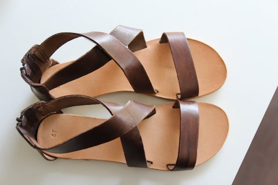 painted leather sandals style hand crafted and Brown hand greek TztwSUxx
