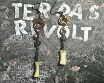 Bone copper and labradorite drop earrings