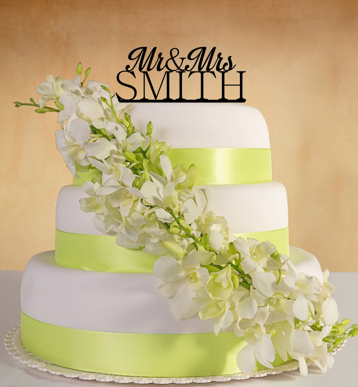 Wedding Cake Topper. Mr&Mrs with your last name.