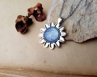 Sunflower Necklace, Sunflower choker, Sunflower jewelry, layering necklace, flower necklace, Pisces, Libra, Aquarius, Sagittarius, Ice Blue