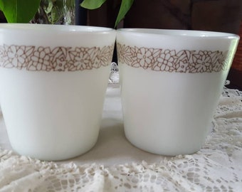 Vintage Mug, Pyrex Coffee Mugs, Pyrex Butterfly Gold, Pyrex Cups, Restaurant Coffee Cups, Tea Cups, Mugs, Vintage Mugs, Pyrex Tea Cups
