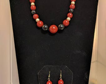 Red, Black, and Gold Graduated Bead Necklace Set
