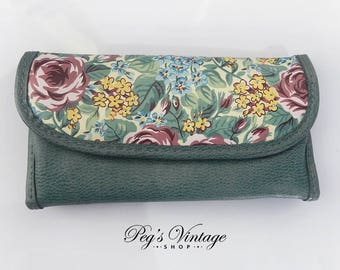 Vintage Green Floral Wallet, Vinyl Makeup Bag / Coin Purse
