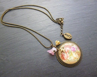 Roses necklace flower image and its chain bronze