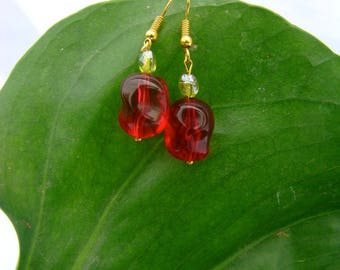 Pomegranate red and green almond Pearl Earrings