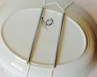 "X - LARGE  Wire Hanger for China Saucer Plates 24-36 cms 9.5"" - 14"" inches"