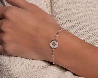 Gold or Silver personalised initial disc bracelet, Initial bracelet, Circle bracelet, Disc Bracelet, Delicate Bracelet, Monogram bracelet